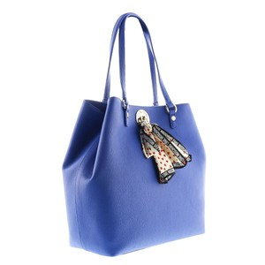 Moschino Tote in Electric Blue