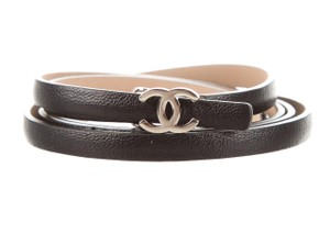 Chanel Black leather Chanel silver-tone interlocking CC logo belt S