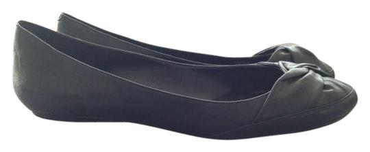 Preload https://item3.tradesy.com/images/bcbgeneration-black-bcbg-commuter-mint-condition-flats-size-us-95-203777-0-0.jpg?width=440&height=440