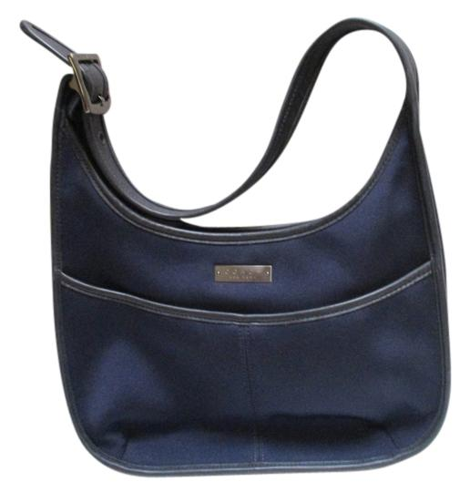 Preload https://img-static.tradesy.com/item/20377837/coach-solid-canvas-navy-microfiber-and-leather-hobo-bag-0-1-540-540.jpg