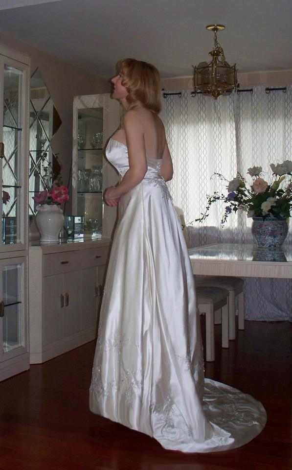 Matthew christopher winter sale wedding dress on sale 87 for Matthew christopher wedding dress prices