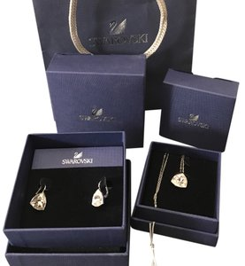 Swarovski Swarovski Brief necklace and earrings set