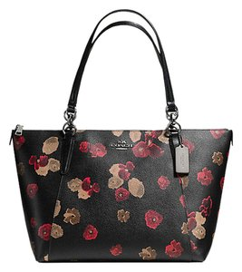 Coach F55541 Canvas Black Multi Tote in Floral