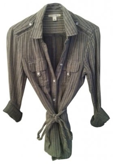 Preload https://item1.tradesy.com/images/banana-republic-gray-and-white-button-down-top-size-8-m-20380-0-0.jpg?width=400&height=650