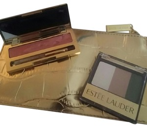 Este Lauder Estee lauder make up bag and make up