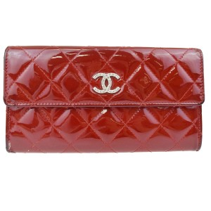 Chanel CHANEL CC Long Quilted Bifold Wallet Purse Patent Leather Red Clutch