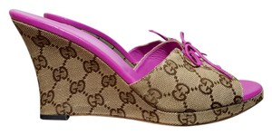 Gucci Monogram Canvas Peep Toe Italian Tan Brown Wedges