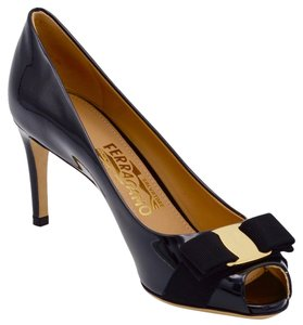 Salvatore Ferragamo Vara Pola Patent Leather Peep Toe Logo Bow Black Pumps