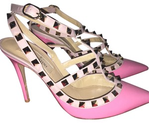 Valentino Ninphea Pink in Patent Pumps