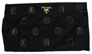 bb3c872dc5aa7c Prada Clutches on Sale - Up to 70% off at Tradesy