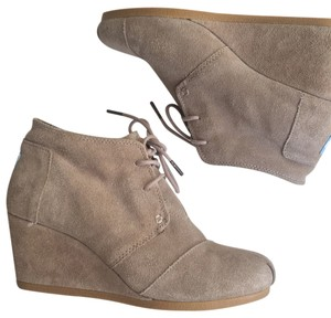 TOMS Nude Wedges