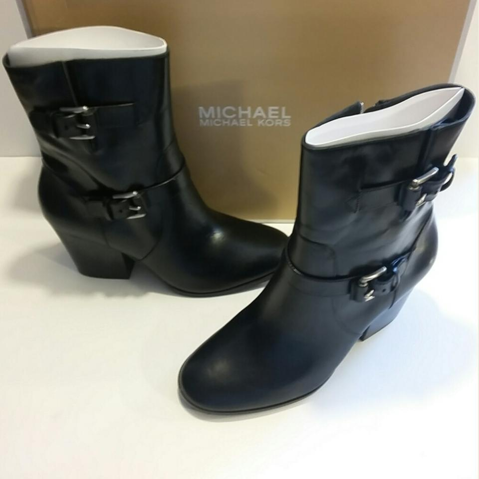 michael kors zippered leather black boots on sale 38 off boots booties on sale. Black Bedroom Furniture Sets. Home Design Ideas