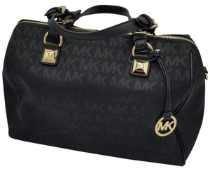 MICHAEL Michael Kors Signature Satchel in BLACK