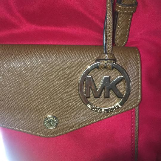 Michael Kors Tote in red Image 7