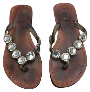 8f8d11d65aedee Mystique Boutique Sandals - Up to 90% off at Tradesy