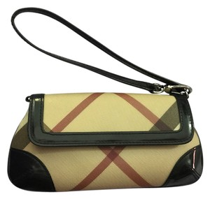 Burberry Wristlet in Black with Nova check pattern