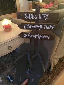 Old Navy Gray Silver White Flip Flops & Sign Wedding Favors