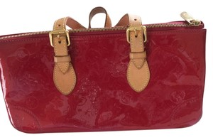 Louis Vuitton Satchel in Pomme Red Vernis