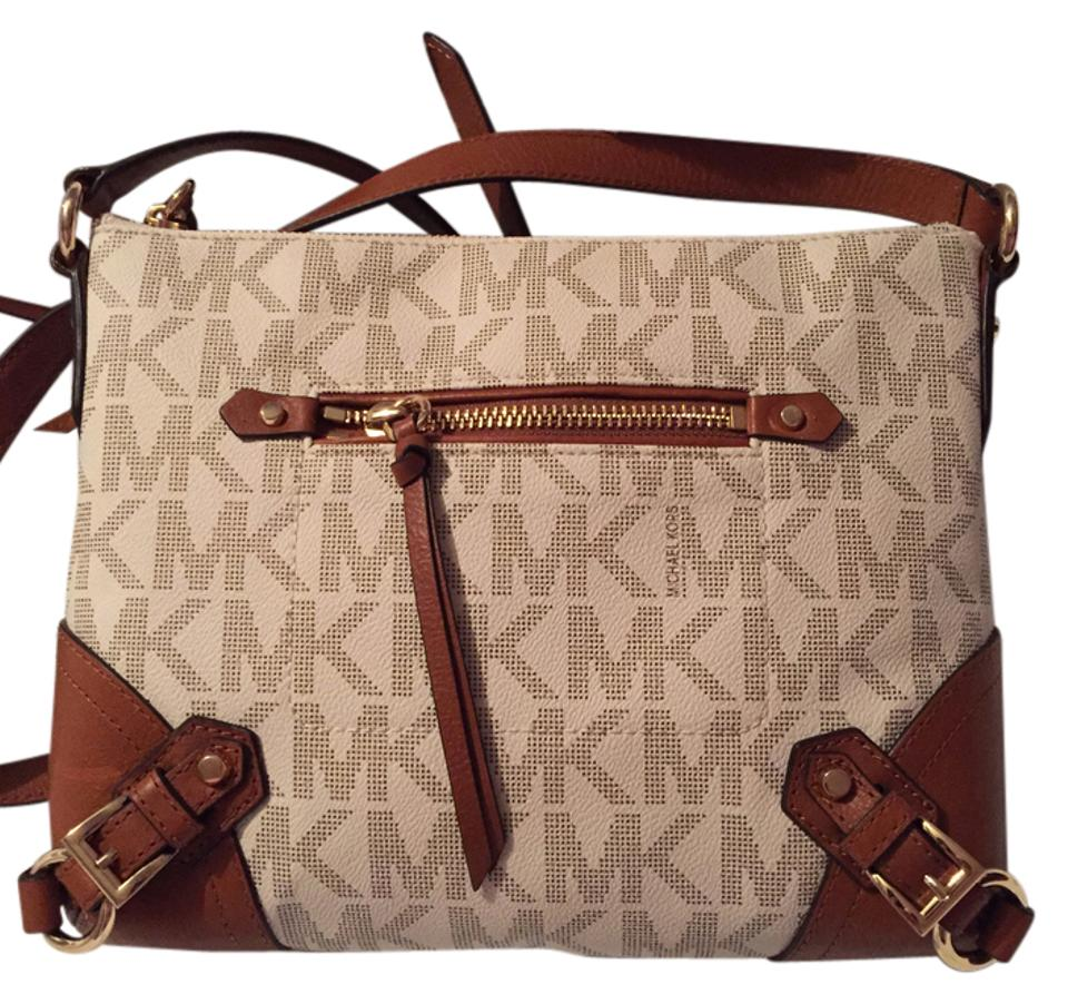 2103a0a66a06e ... Michael Kors Cross Body Bag ... Bnwt Michael Kors Fallon messenger(bag  ...