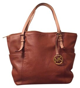 Michael Kors Tote in Camel