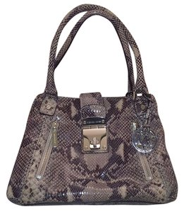 Michael Kors Tote in varying shades of gray