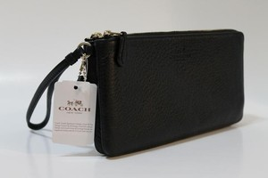 Coach F54056 889532512942 Leather Wristlet in LIGHT GOLD / BLACK