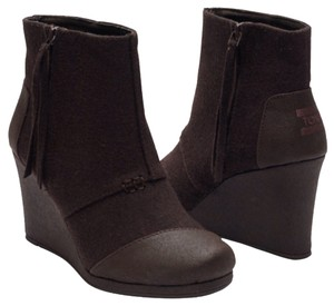 TOMS Chocolate Boots
