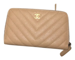 Chanel Chanel Small Zipped Wallet Calfskin