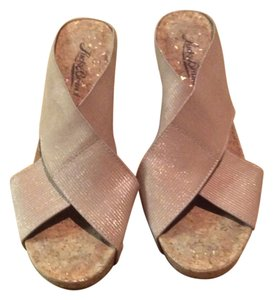Lucky Brand Beige with gold Mules