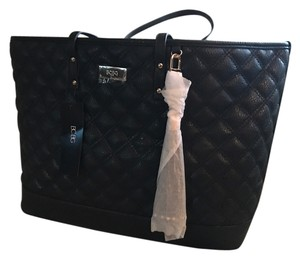 BCBGeneration Tote in black