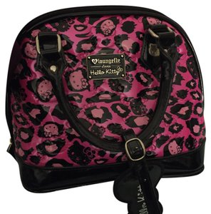 Loungefly Satchel in Pink