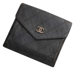 Chanel Chanel Coco Leather Bifold Wallet