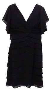 Scarlett Nite V-neck Dress