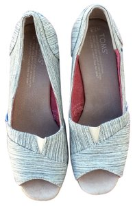TOMS gray and ivory Sandals