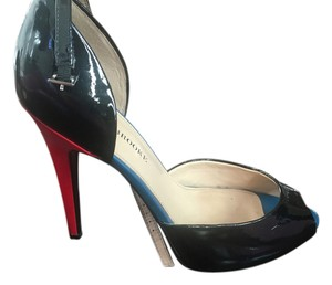 Audrey Brooke Black with red and blue details Pumps