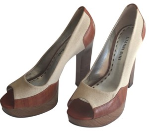 Gianni Bini Brown/Tan Platforms
