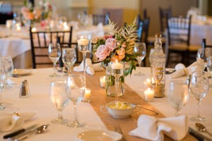 7 Champagne/gold Sequin Table Runners
