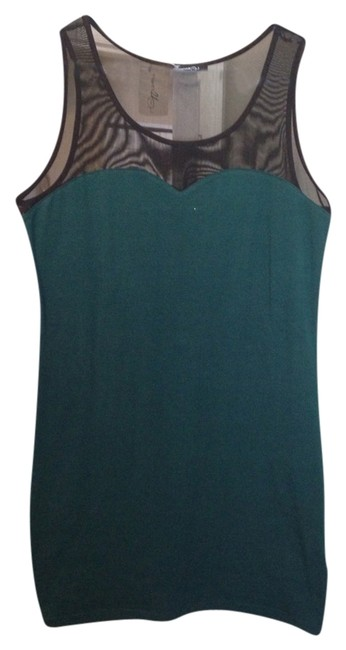 Preload https://item1.tradesy.com/images/forever-21-dress-emerald-2038815-0-0.jpg?width=400&height=650