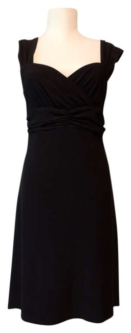 Preload https://item3.tradesy.com/images/white-house-black-market-high-low-cocktail-dress-size-6-s-203882-0-0.jpg?width=400&height=650