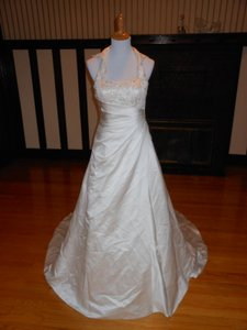 Sincerity Bridal Sample Wedding Dress