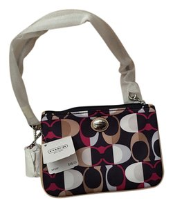 Coach F50441 Park Split Wristlet in BORDEAUX MULTI