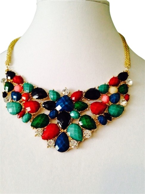 Item - Multi-color Hampton Fantasy Bib Necklace