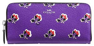 Coach BNWT Coach F56732 Accordion Zip Wallet Bramble Rose Purple