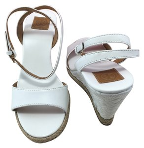Tory Burch Marion Quilted Sandals White Wedges