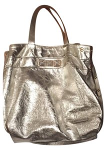 Marc Jacobs Tote in silver