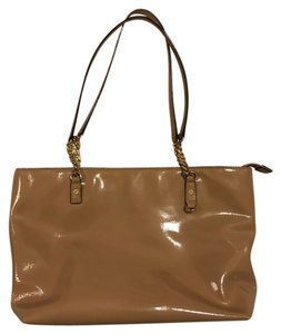 Michael Kors Patent Leather Chain Strap Jet Set Shoulder Bag