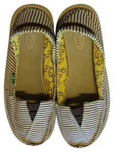 Sanuk Summer Beach Antimicrobial Slip On Brown Stripes Flats