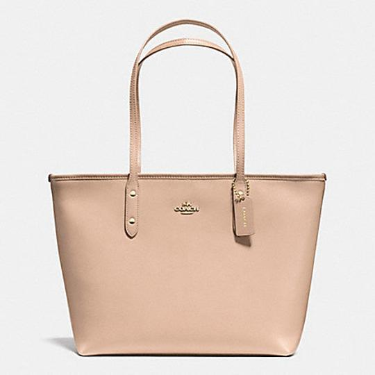 Preload https://item4.tradesy.com/images/coach-city-zip-top-in-36875-34614-beechwood-leather-tote-20391948-0-2.jpg?width=440&height=440