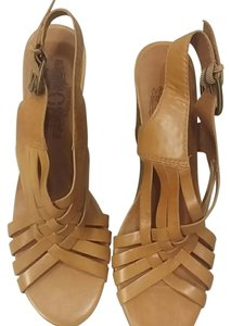 Nine West Leather Wedge Tan Sandals