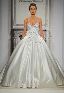 Pnina Tornai Pnina Tornai For Kleinfeld Style 4273 Wedding Dress